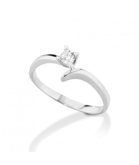 Anello Solitario in oro bianco con diamanti 8162